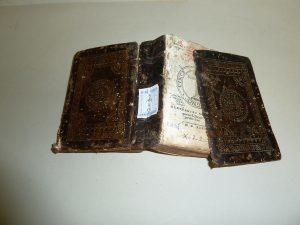 laudemdixitibi restauracion libros centro de madrid