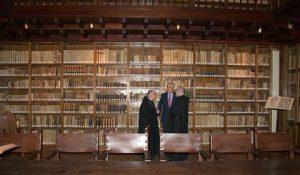 restauracion en biblioteca monasterio